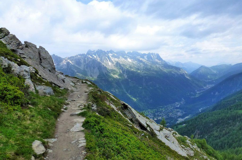 Chemin de randonnée en Savoie